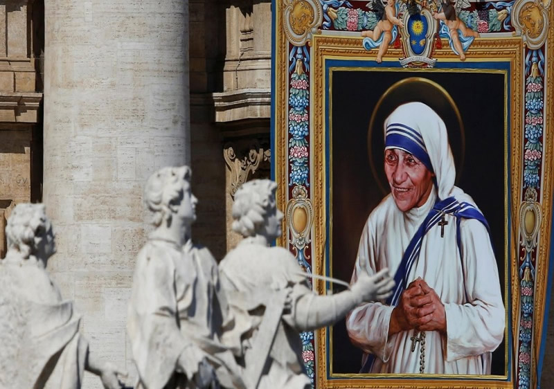 En 2016 Teresa de Calcuta fue canonizada por el Vaticano, debido a sus milagros