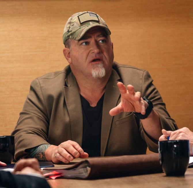 Luis Elizondo, ex funcionario del Pentágono que encabezó la AATIP