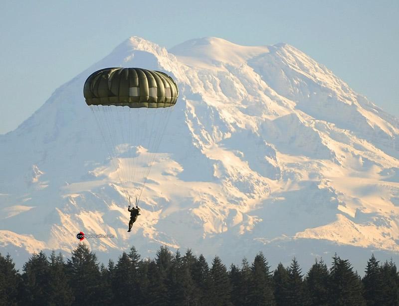 David Cooper se lanzó en un paracaídas desde el avión en movimiento y nunca más fue visto