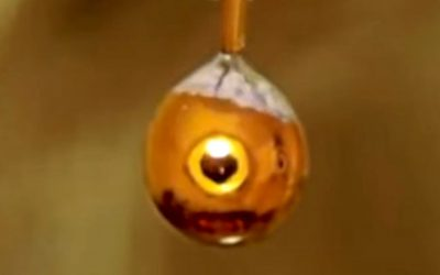 Científicos han convertido el agua en un metal