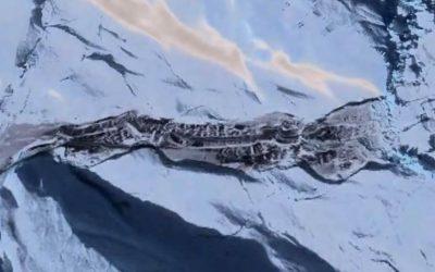 Algo enorme está emergiendo de la capa de hielo de la Antártida (VIDEO)