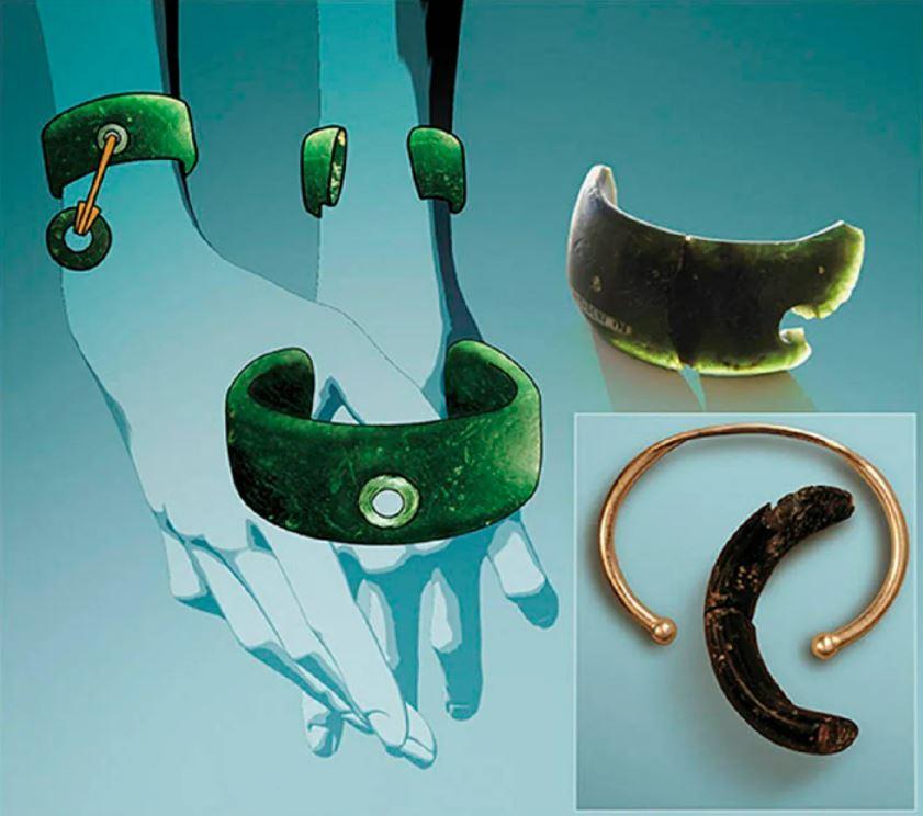 Una reconstrucción general del brazalete de 40,000 años que los expertos sospechan que estaba adornado con otras joyas y usado en la mano derecha