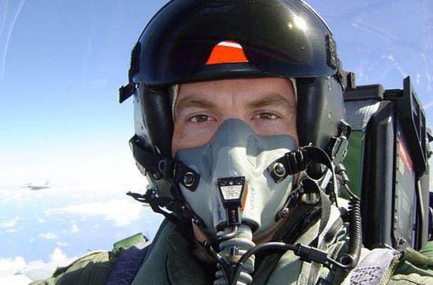 Chad Underwood filmó el OVNI desde su avión de combate