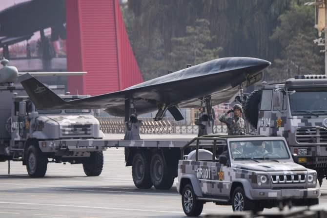 El drone hipersónico Sharp Sword en un desfile en Beijing