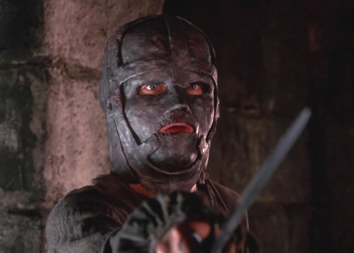 """Escena de película """"El Hombre de la Máscara de Hierro""""."""