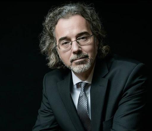 Richard Dolan, investigador de OVNIs