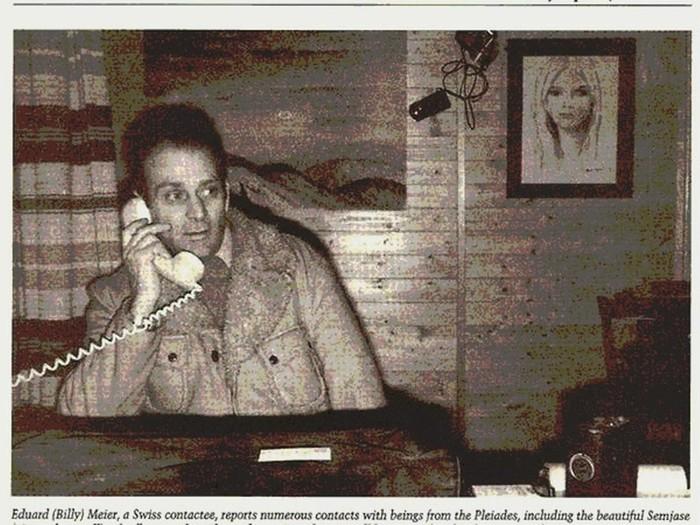 Una imagen de Meier captada en 1977, de fondo su amada Semjase, con quién llevaba dos años de contacto
