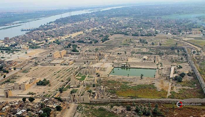 Ciudad de Karnak, donde Horemheb colocó «El Gran Edicto de Horemheb»