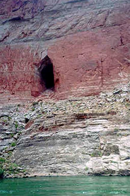¿Oculta el Cañón Colorado un acceso al Inframundo Hopi?
