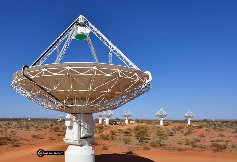 Antenas del telescopio ASKAP de CSIRO en el Observatorio de Radioastronomía de Murchison en Australia Occidental