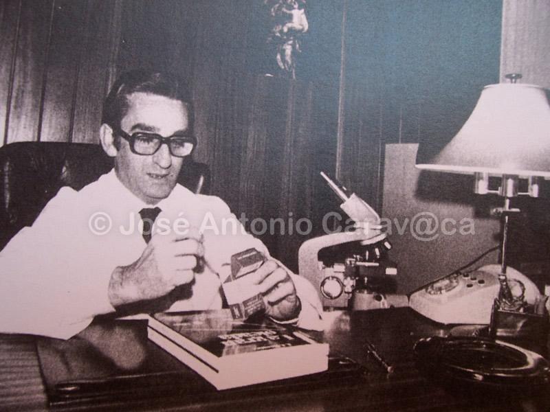 El protagonista de la historia el médico gaditano J. J. Rivera
