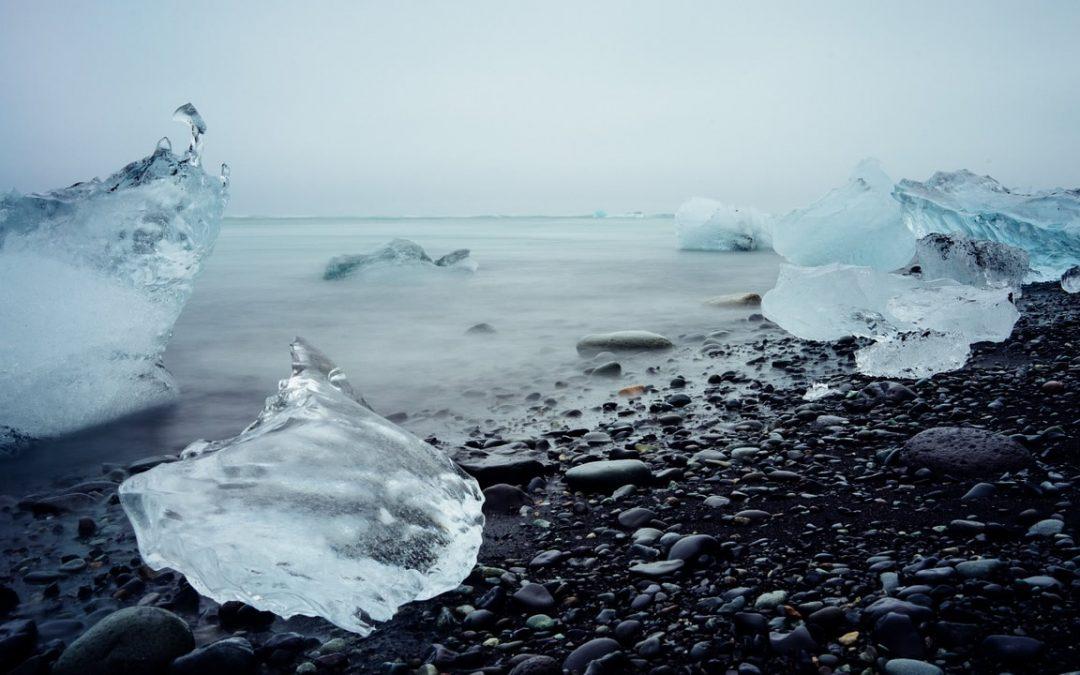 Derretimiento del hielo polar está deformando la corteza terrestre, determina investigación de Harvard