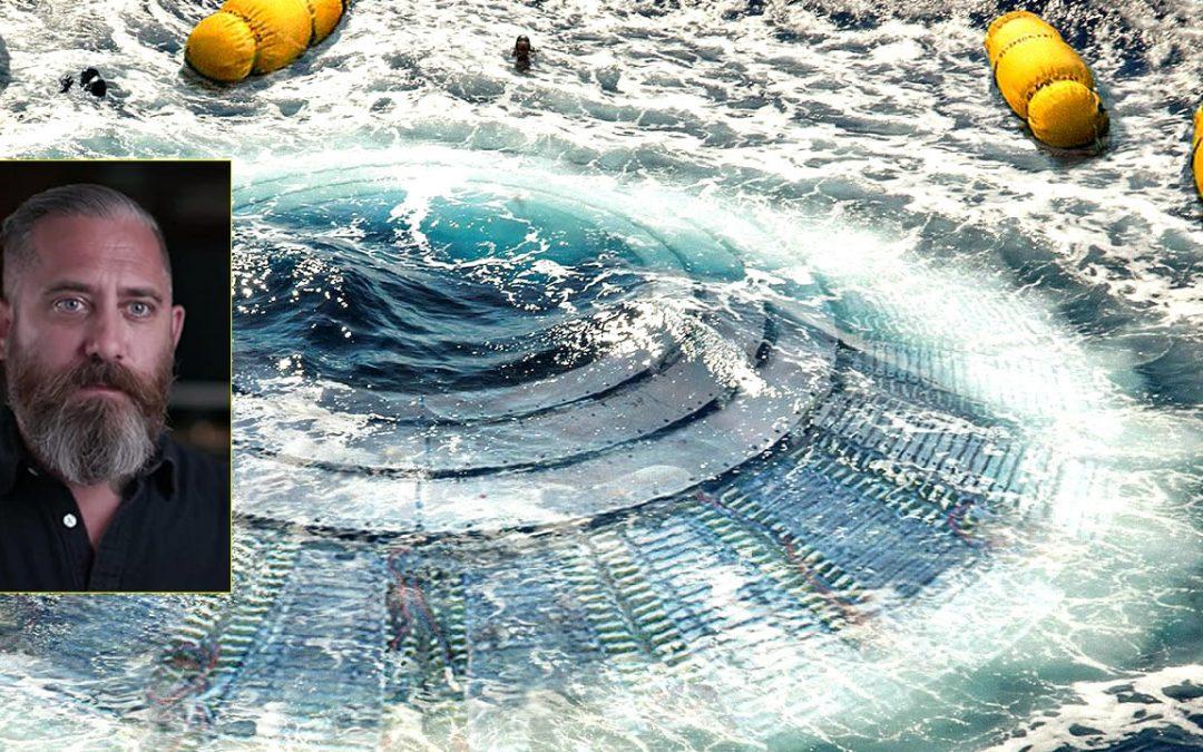 """Jeremy Corbell insinúa que OVNIs provienen de una """"base en el fondo del océano"""""""