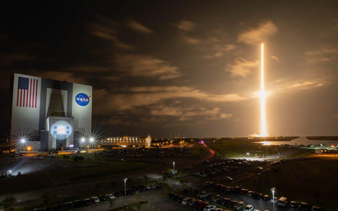 """EN VIVO: lanzamiento de la misión completamente civil al espacio, """"Inspiration4"""""""