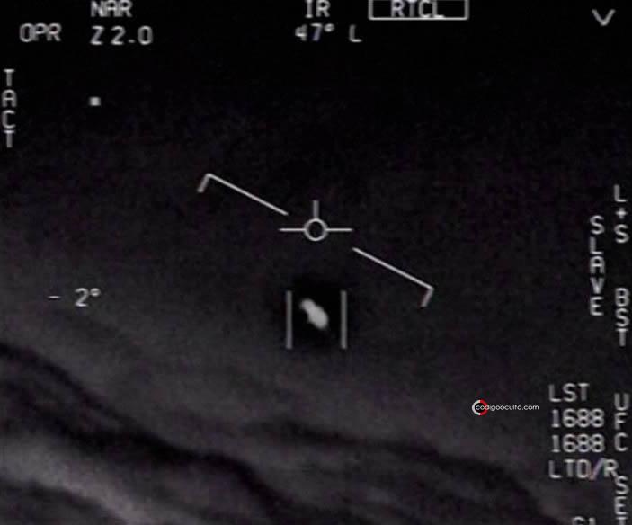Objeto Volador No Identificado captado por pilotos de la Marina de EE. UU.