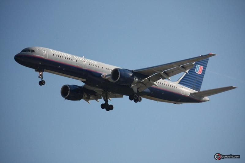 Avión Boeing 757-222 de United Airlines