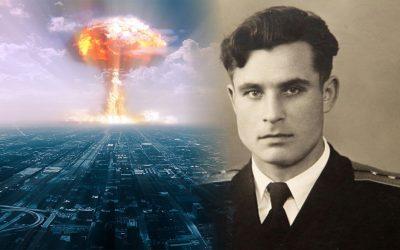 Vasili Arkhipov, el oficial ruso que salvó al mundo de una guerra nuclear